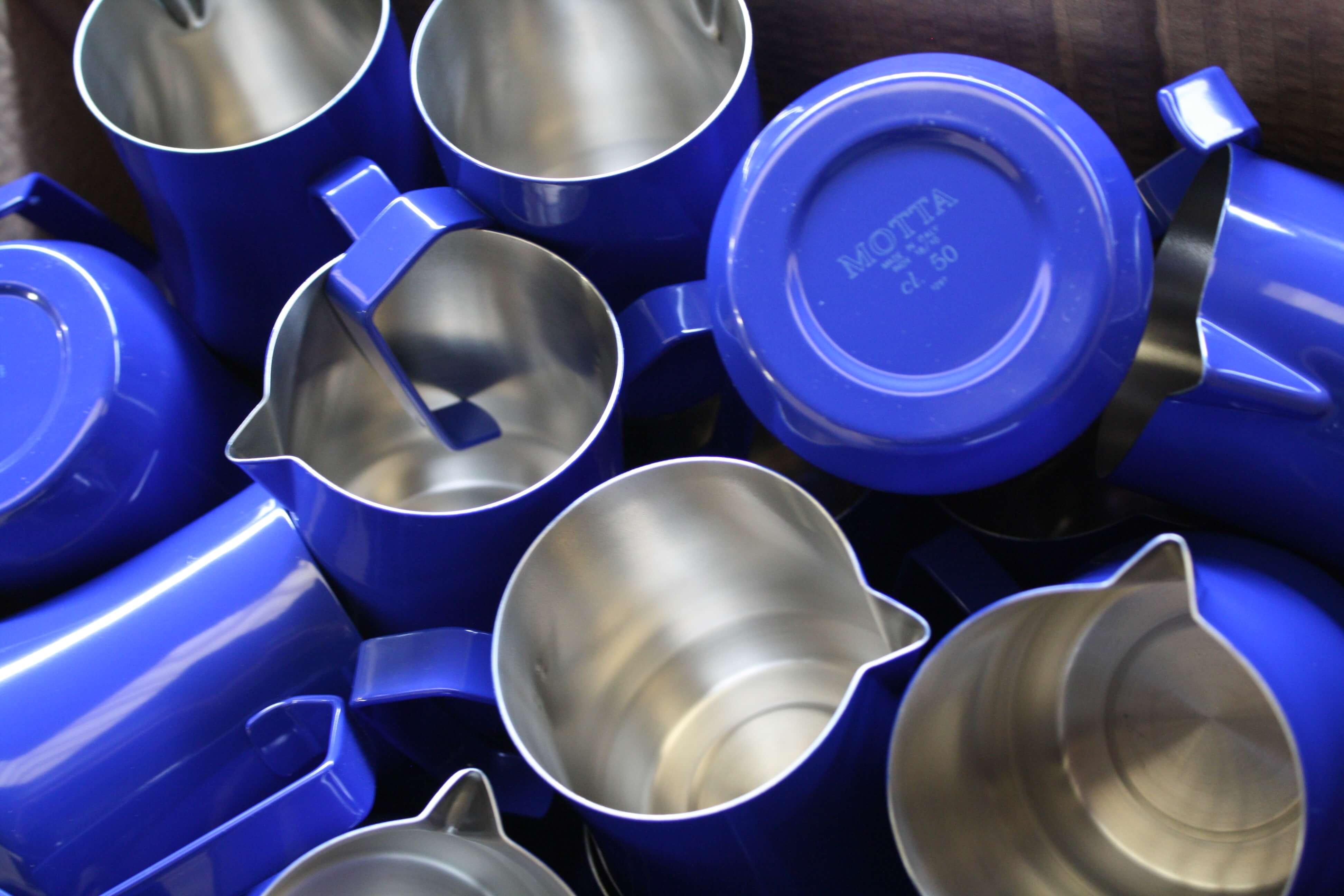 Motta-Milchkanne-Europa-Professionale-blau